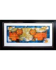 Deux chats et un coussin